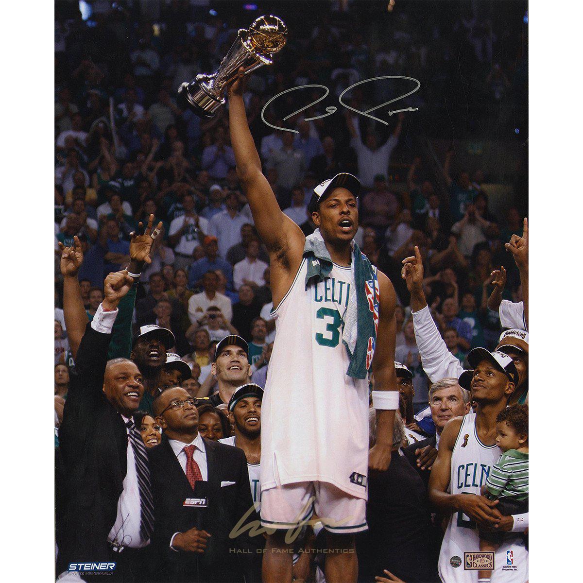 finest selection 886c4 00cd5 Paul Pierce Signed 16x20 Holding Up 2008 NBA Finals MVP Trophy
