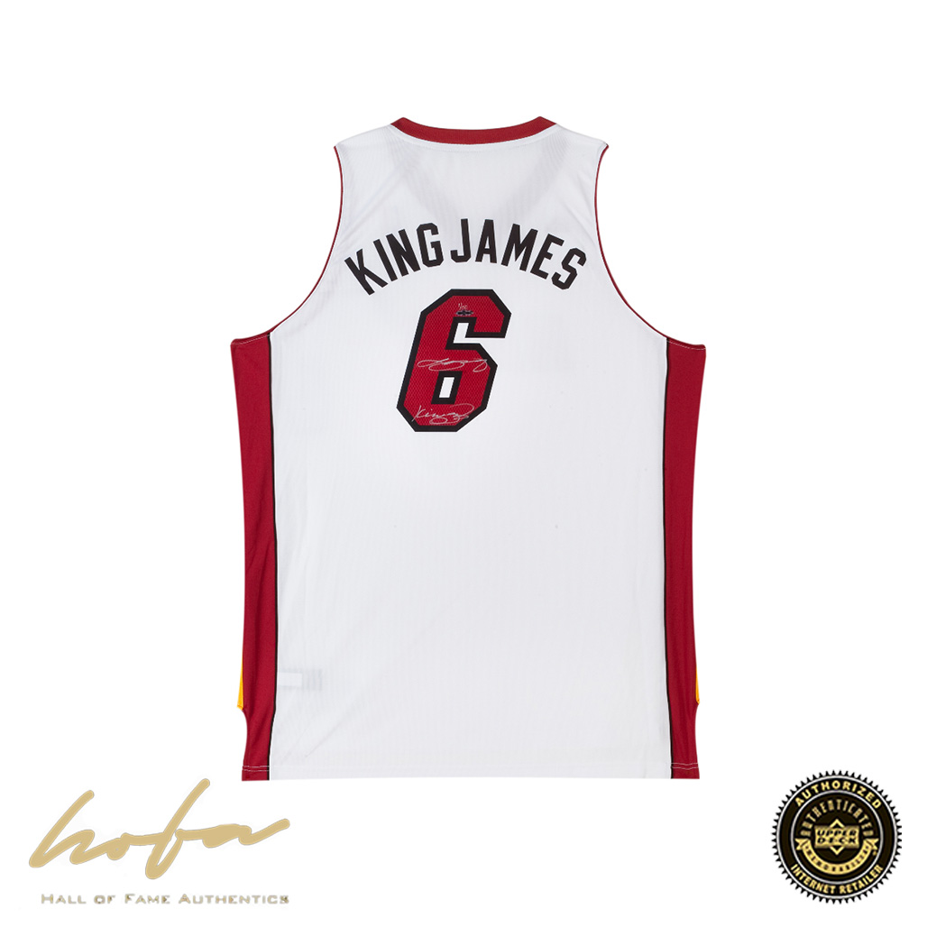 size 40 d7fd4 d9d68 LEBRON JAMES INSCRIBED KING NAME